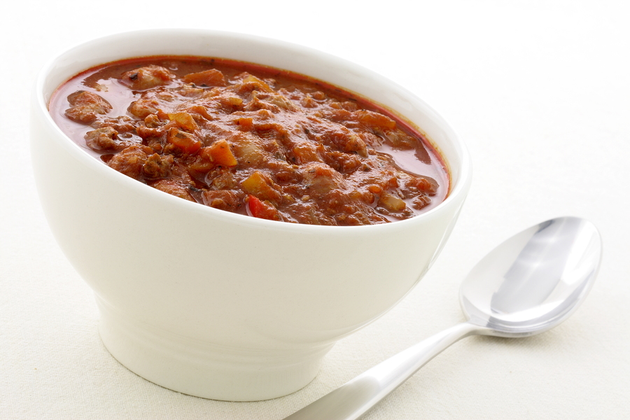 bigstock-Gourmet-Chili-Beans-With-Extra-24901544