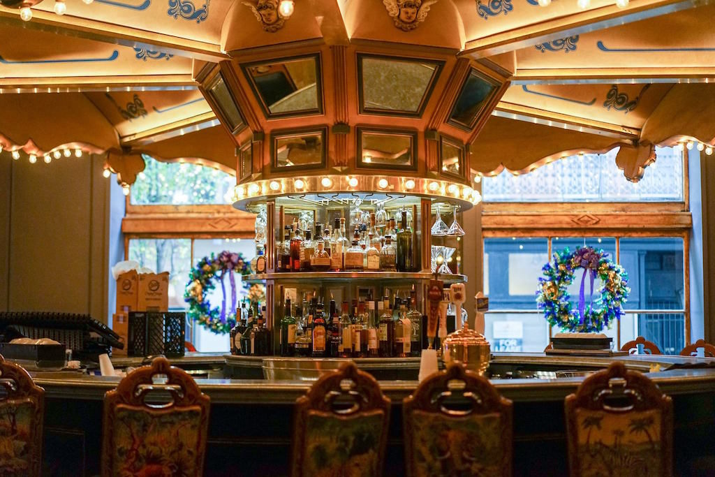 carousel-bar_hotel-monteleone_facebook