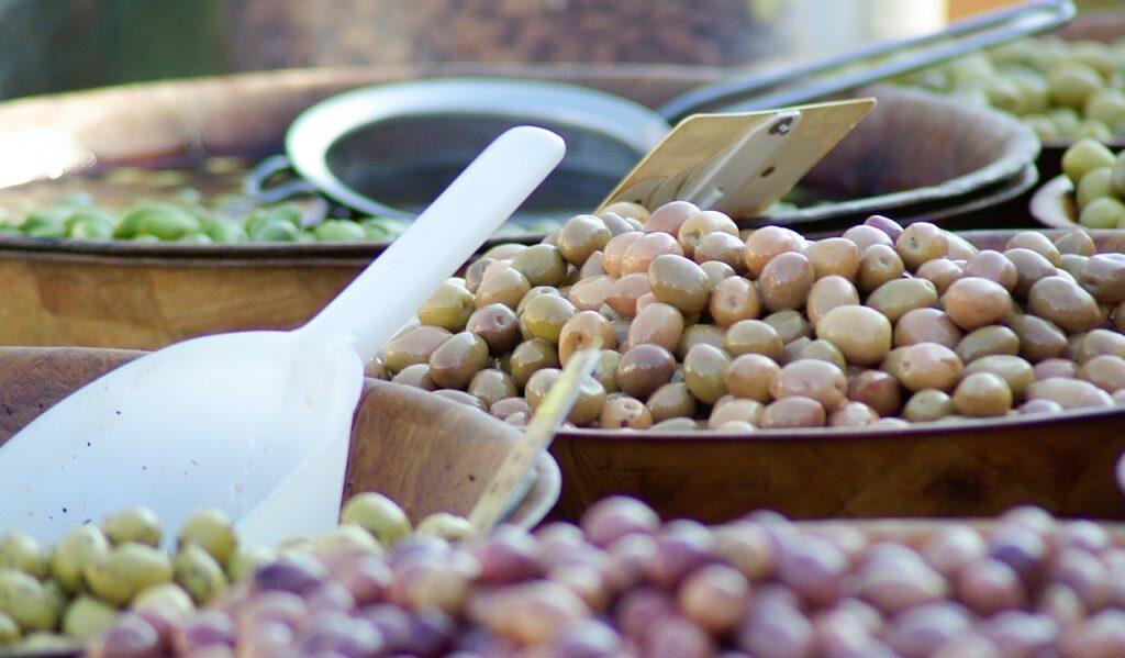 olives-627297_1280_jackmac34_pixabay