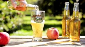 Hard_Cider_Pour_Apple_Orchard